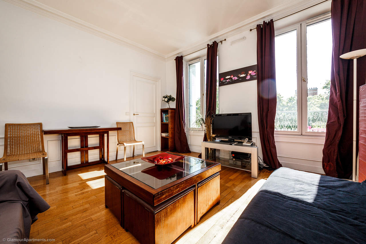 Apartment on Boulevard des Invalides